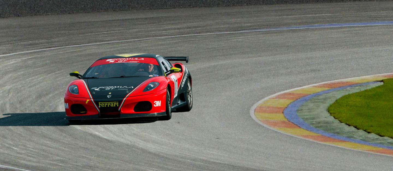 Conducir un Ferrari F430 GTS de competición en Ricardo Tormo