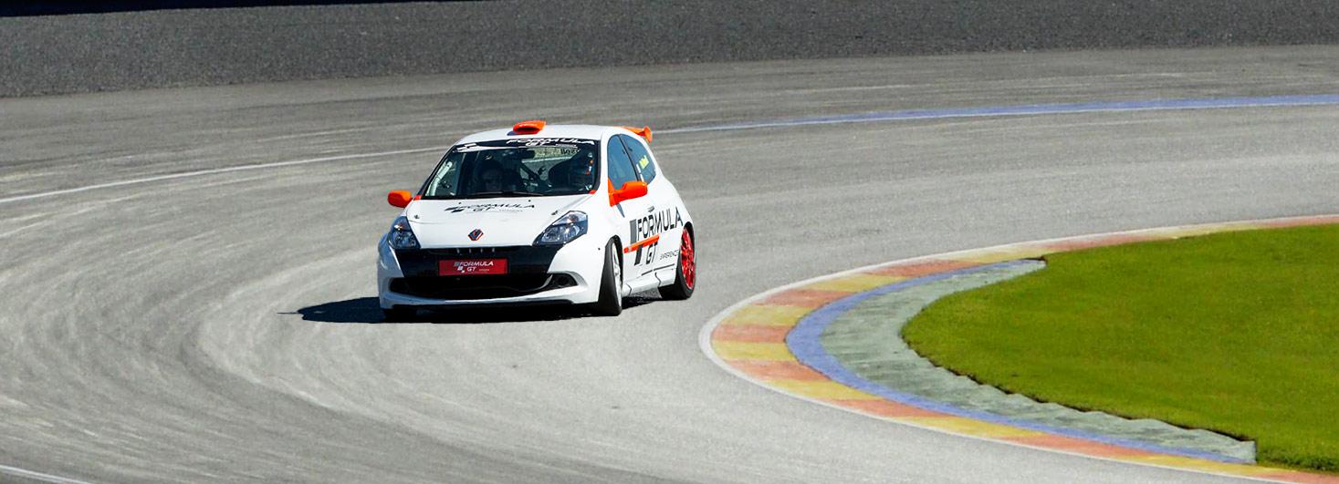 Copilotaje Extremo ne un Renault Clio Cup en Ricardo Tormo