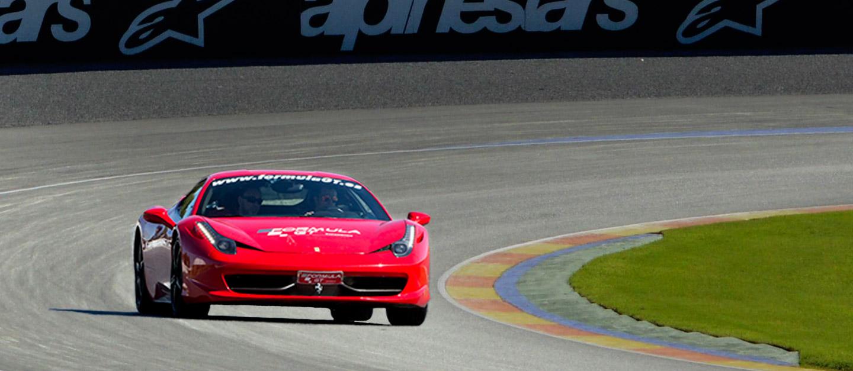 Conducir un Ferrari 458 Italia en Ricardo Tormo